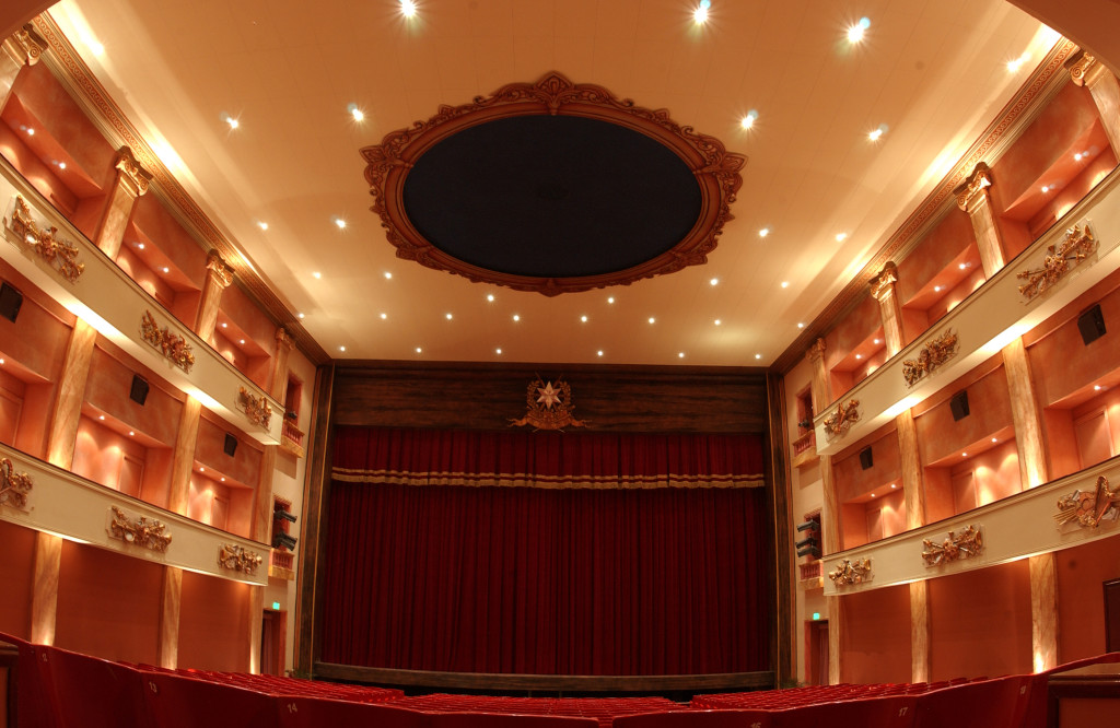 Teatru Astra Interior by Joe Attard (2)